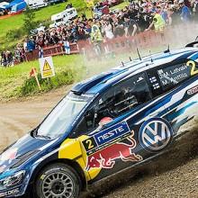 Valtra gran protagonista en el Rallye Neste de Finlandia