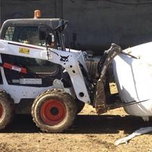 Bobcat S530 en una explotación ovina
