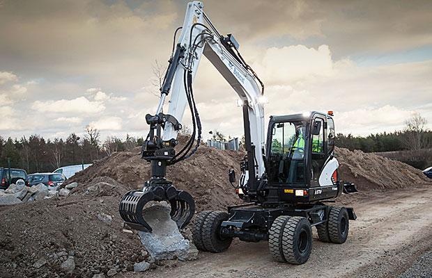 Large-Bobcat-Wheeled-Excavator-E57W