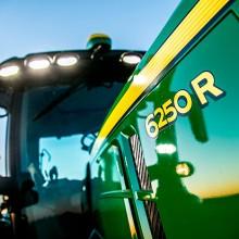 John Deere presenta sus nuevos tractores de la Serie 6R