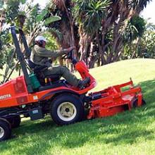 Kubota apuesta por los Campos de Golf