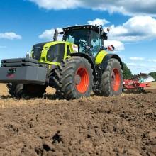 Claas lanza una nueva generación de tractores Axion 900