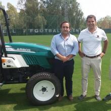 ARBOS hace entrega de su primer tractor en España