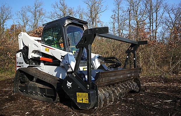 Forestry-Cutter_T770_Bobcat-3