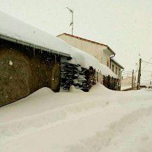 """UPA denuncia que la nevada """"no se limitó a la AP-6, hay muchos pueblos incomunicados"""""""