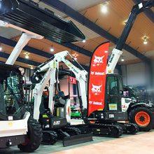 La Mini excavadora Bobcat E20 destaca en Agropexpo