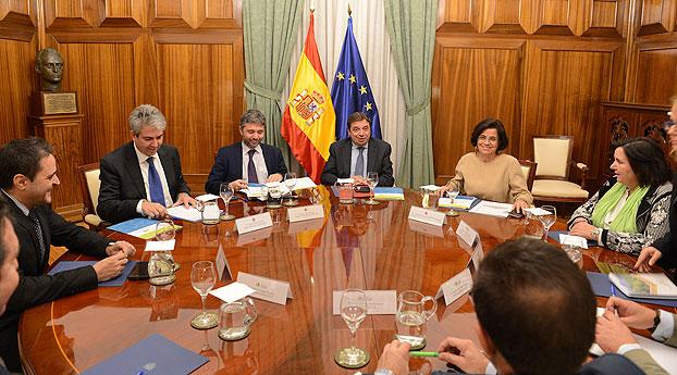 Luis Planas recibe Consejo de Ingenieros Agrícolas