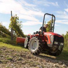 Vredestein presenta su neumático Traxion65/70 para tractor compacto