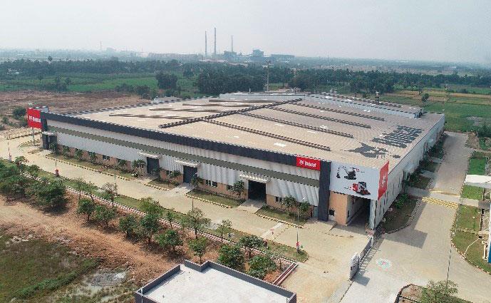 Bobcat, fábrica en la India