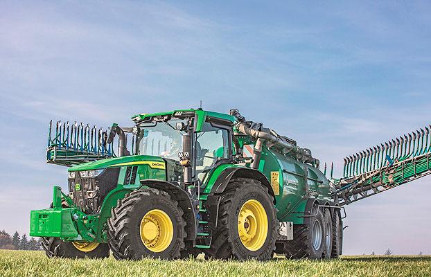 John Deere presenta sus nuevos tractores 7R y 8R