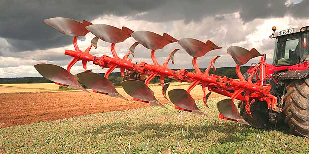 Arado de vertedera y agricultura de precisión se dan la mano en Kuhn
