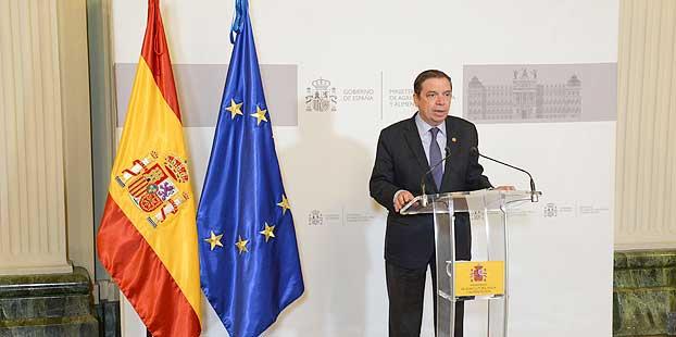 Luis Planas señala que la PAC impulsará la agricultura profesional