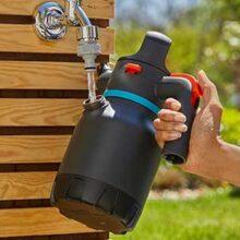 Nuevos pulverizadores de bombeo Gardena: practica el city gardening